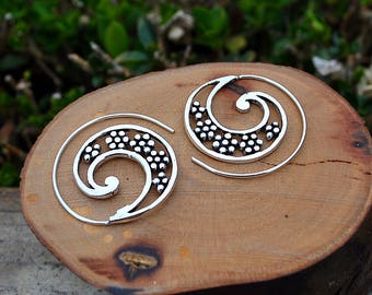 Silver Earrings, Golden earrings, Hoop spiral earrings, Boho chic, Flower earrings, Vintage alternative earrings, Spirals for the ears