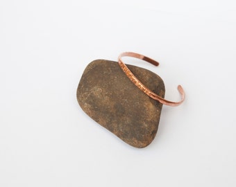 Hammered cuff bracelet in copper, beautifully simple