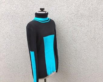 Vintage 90s Blue and Black Colorblock Turtleneck Sweater, 90s Women's Clothing, 90s Turtle Neck, Vintage Women's Sweater