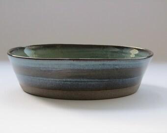 Serving ceramic dish, Rustic Ceramic Baking Bowl, salad round serving Dish, Large ceramic bowl, Pottery gift, Large serving dish Baking dish