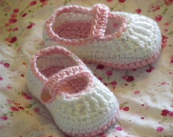Baby Mary Janes - Crochet Baby Booties - Pink & White Slippers - Baby Shoes - Baby Slippers - Baby Shower Gift - Hannahs Homestead2