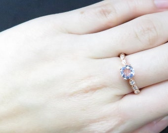 Simple Yet Classic Morganite Ring Design! Good for Daily Wear, as well as Occasion Wear~