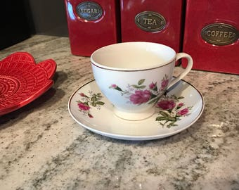 Chinese Porcelain Teacup & Saucer Rose Bud Pattern with Gold Trim, Antique China, Item #547563498