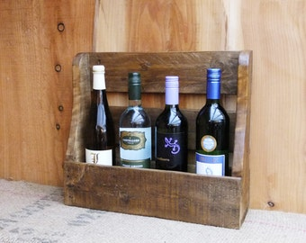 Rustic wine rack/ 4 bottle holder - pallet wood wine storage - 3 finishes - Medium oak / Dark oak / Natural.