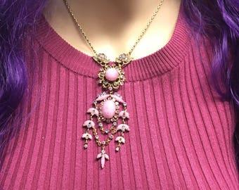 Fabulous Floral Vintage Necklace