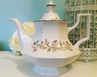 Delightful Eternal Beau Teapot By Johnson Brothers