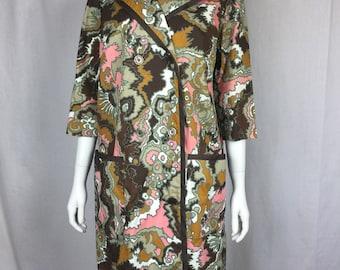 Reserved Vtg 60s 70s op art psychadelic graphic loose fit dress Models Coat