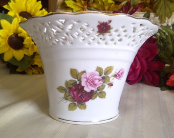 REDUCED Royal Tri Ever Dipinto A Mano Porcelain Vase With Handpainted Red And Pink Roses. Royal Tri Ever Reticulated Rim With Dipinto A Mano