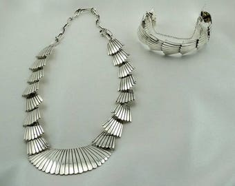Highly Collectable Sadie Sam Hallmarked Navajo Artisan Matching Sterling Silver Necklace and Bracelet Set FREE SHIPPING! #SADIE-UV1