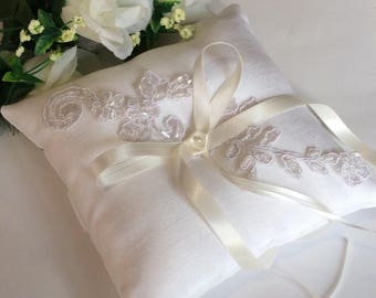 Lace Ring Bearer Pillow, Wedding Ring Pillow, Lace Satin Ring Pillow, Ivory Ring Pillow, Ivory Ring Cushion,  Ring Bearer Pillow