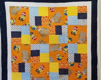 MINIONS ACTION QUILT