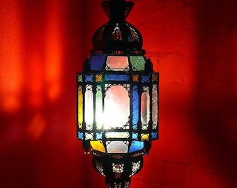 Oriental pendant lamp made of glass