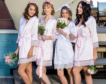 Bridesmaid Robes // Robe // Bridal Robe // Bride Robe // Bridal Party Robes // Bridesmaid Gifts // Satin Robe // Lace Bridal Robe // Robe