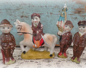 vintage antique bisque WWI soldiers figurine set 4 RARE Japan porcelain penny dolls