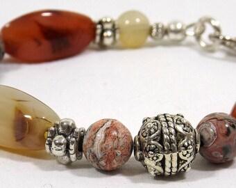"Upcycled Vintage Natural Stone Bead Bracelet 7-3/4"""