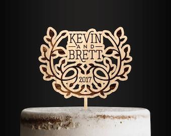 Wedding Cake Topper, Custom Cake Topper, Wooden Cake Topper, Laurel, Wreath, Monogrammed, Personalized, Cake decor, Natural Series