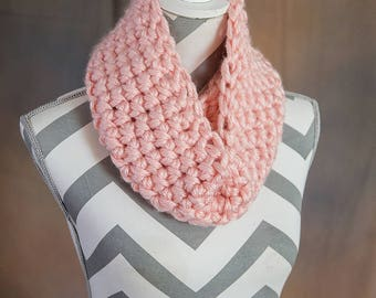 Soft Pink Super Chunky Crochet Cowl