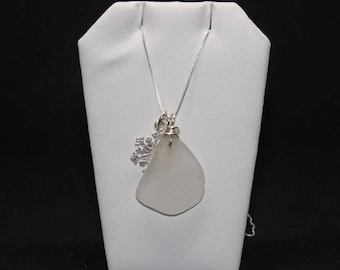 Sea Glass Necklace, Seaglass Jewelry, Snowflake Necklace, Sterling Necklace, Beach Jewelry, Bottle Jewelry, Vintage Bottle Jewelry