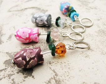 Vases with Flowers Non-Snag Stitch Markers