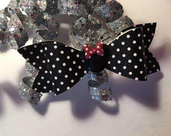 Mini Mouse bow