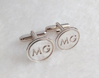 Circle Two Initial Cufflinks,Personalized Cufflinks,Silver Men CuffLinks,Engraved Monogram CuffLinks,Elegant Monogrammed Cufflinks