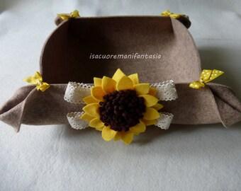 Empty basket pockets-napkin rings-felt bread holder with floral decorations