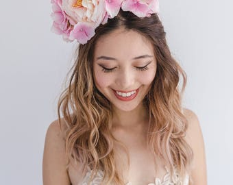 peach pink blush flower crown headband // spring racing flower headpiece / spring carnival headpiece / spring races flower fascinator