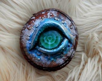 Green/Blue Dragon Eye Fantasy Decor