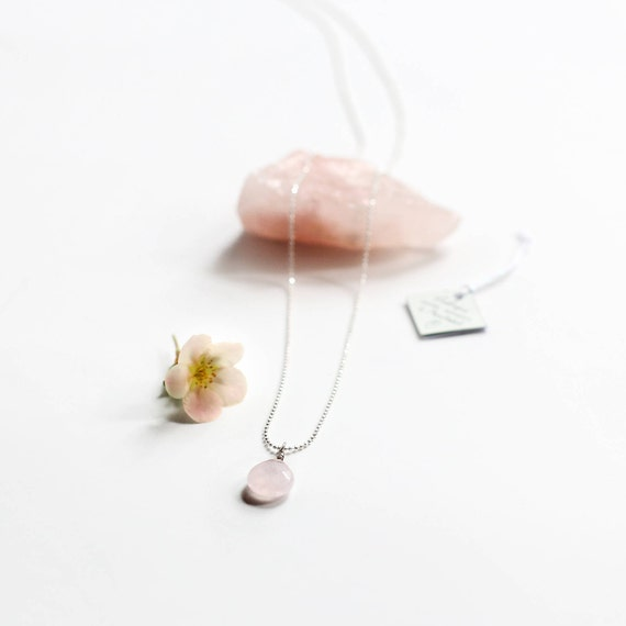 Rose quartz necklace, a stone for the heart