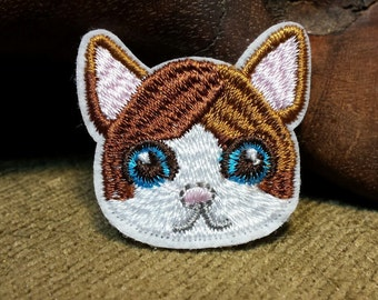 Cute Brown and White Kitty Cat Patch