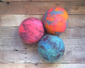 Ovella Wool Dryer Balls: The Doces Tye Dye Collection - ONE (1)  unscented, colorful, unique, bright, pink, green, teal, yellow, purple