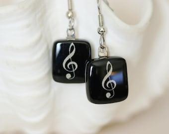 Music Note Black and White Fused Glass Earring, Drop Earrings, Dangle Earrings, E0170, GetGlassy