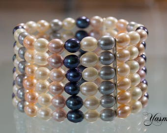 Freshwater cultured pearl of multicolor DeLuxe