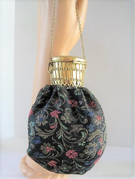 Art Deco Beggars Bag, Tapestry Fabric,  Gold Chain Handle, Accordian Top Closure, Stamped Cap