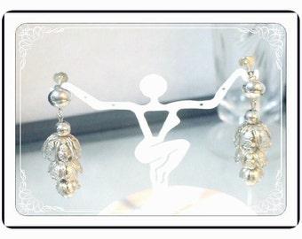 Chandelier Style Earrings - Delightful Vintage - Silvertone Screwback Earrings E3448a-120413000