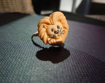 Lion Button Ring