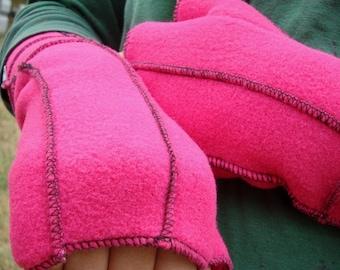 Pink Recycled Fleece Fingerless Gloves, Black thread details, vegan, size Medium
