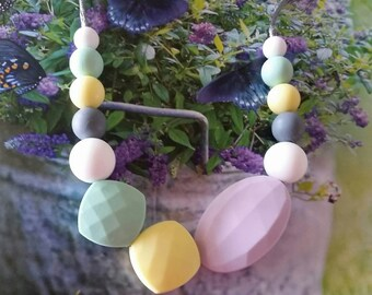 Silicone Teething Necklace, Nursing Necklace, Sensory Beads, Teething Beads, Fidget Jewelry, autism, anxiety, Fidget Necklace, Mom
