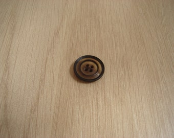 Brown marble imitation button