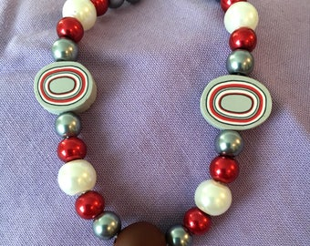 """Scarlet and Grey Bead Bracelet with Lobster Clasp 7"""""""