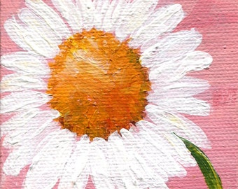 White Daisy painting on pink  mini canvas, Easel, 3 x 3, Original mini canvas art flower art, small floral painting, acrylics on canvas
