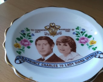 Plate of Prince Charles & Lady Diana Spencer 1981