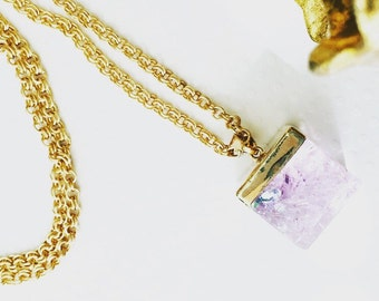 Long necklace. Handmade jewelry. Chic jewelry. Amethyst Necklace. Purple and gold necklace. Purple cube. Purple crystal. Sugarplum Gallery.