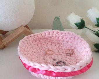 Pink basket, crochet empty pockets, baby little storage, accessoriesstorage ; decor storage