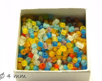 50 g-frosted lucite beads mix beads 4 mm #1