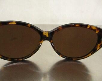 Women's Isaac Mizrahi Glasses
