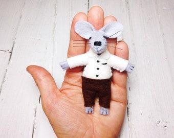 Felt mouse in matchbox stuffed animal felted mouse chocolate stuffed mouse felt animals plush dolls  miniature mice kids gift idea