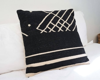 Palm Accent Throw Pillow 20x20