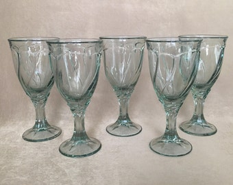 Noritake, Sweet Swirl, Wine Glasses, Spanish Green Color, Light Green, Vintage Noritake, Summer Wine Glass, Swirled Glass, Sea Glass Green