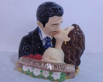 Vintage Gone With The Wind Cookie Jar, Rhett Butler and Scarlett O'Hara Kissing, Rare, Free Shipping